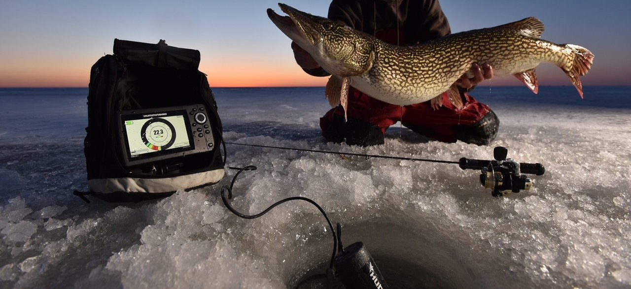 Humminbird ice 35 portable flasher review for Ice fishing locators